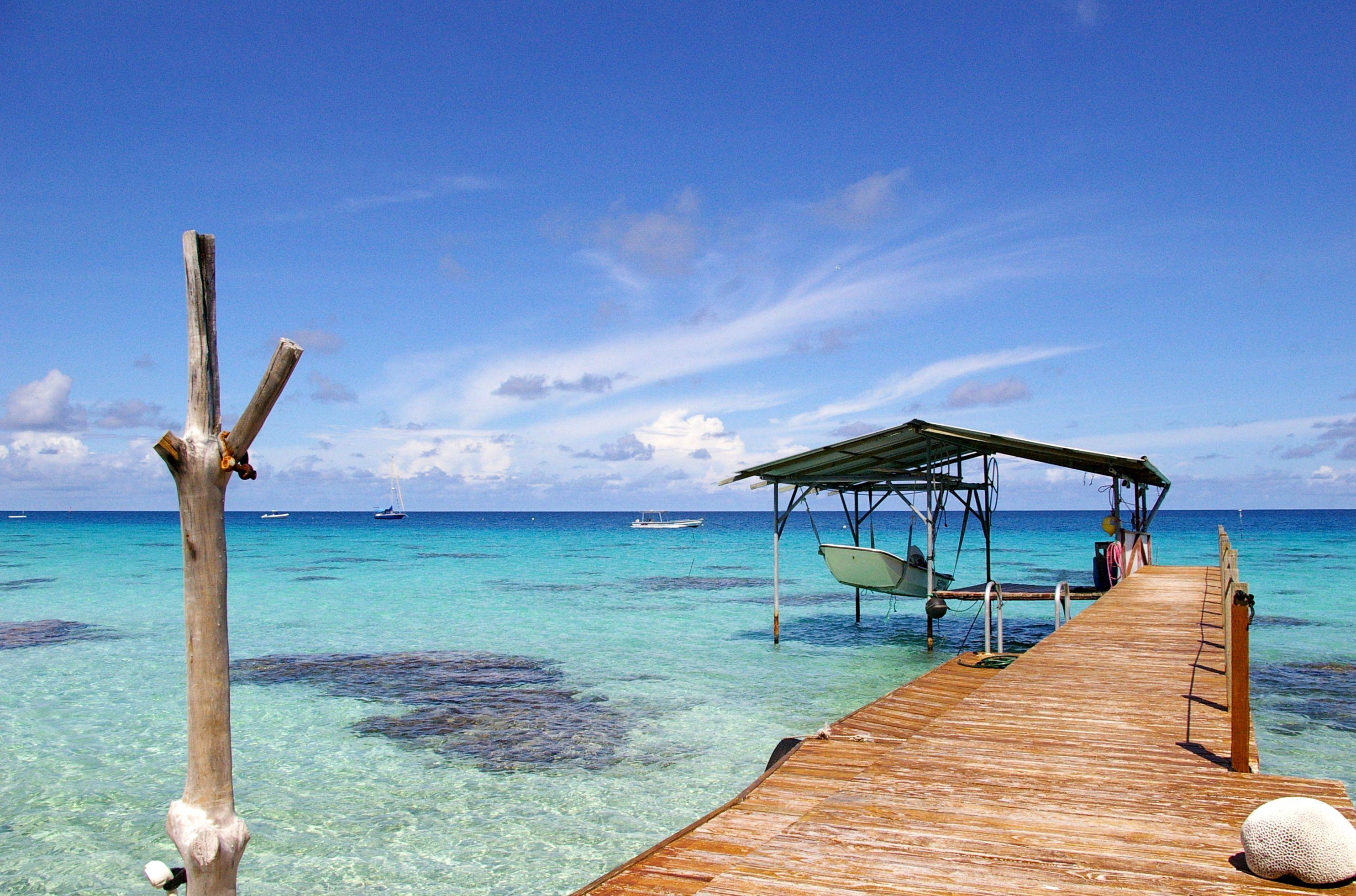 free screensavers beaches | honeymoon and romance | pinterest