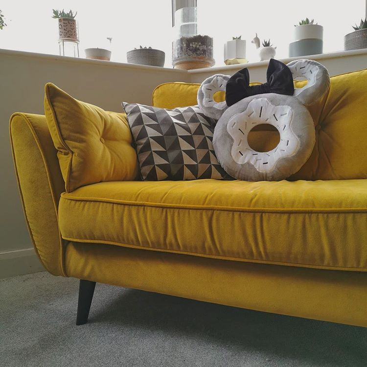 "The Sew Dough Co. on Instagram: ""Who doesn't love a little living room magic? ✨💛🤍🖤 . . . #yellowasthetic #decor #homedecor #instahome #instahomedecor #instahomedesign…"""
