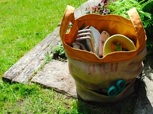 burlap yard tool tote