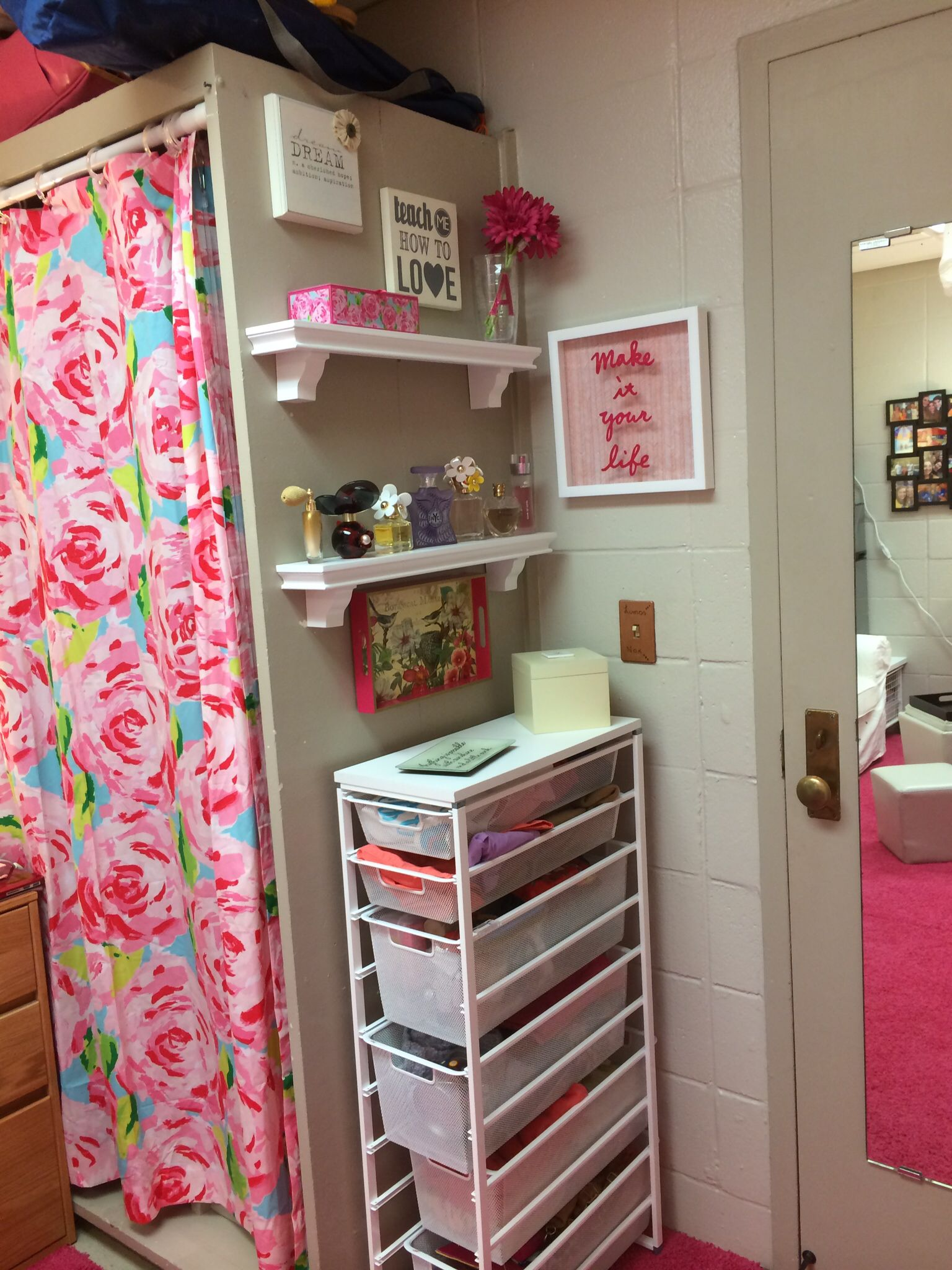 container store dorm on shelves from target and elfa from container store dorm room inspiration dorm inspiration elfa shelving pinterest