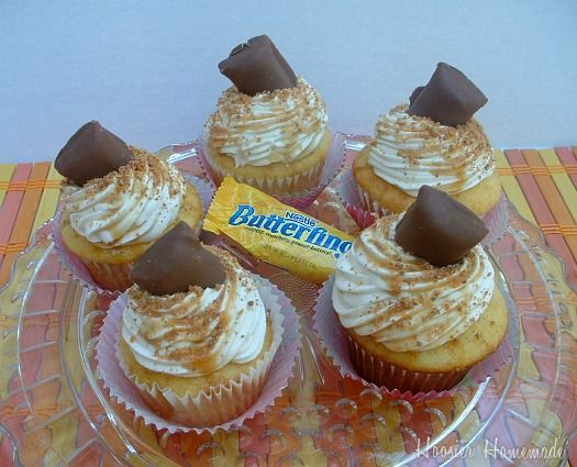 Butterfinger Cupcakes. yummy!  I think I'll try these next!