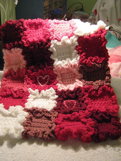 Free Ravelry Tiny Hearts Doll Blanket Pattern By Dale Graumann