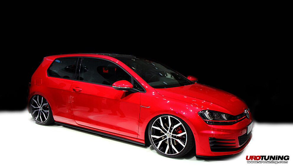 Vw Gti Mk7 Slammed Airbags Waiting For The 2 Doors To Hit Usa Tuner Cars Japanese Sports Cars Golf Gti