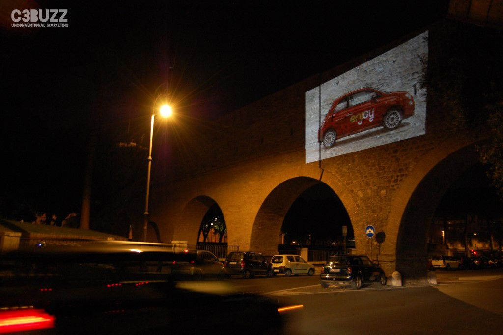 Cliente Eni - Enjoy: effettuate 5 giorni di proiezioni a Roma per l'introduzione del nuovo servizio di car sharing // Giugno 2014 // #proiezioni #eni #enjoy #Roma #Rome #Italy #guerrillamarketing