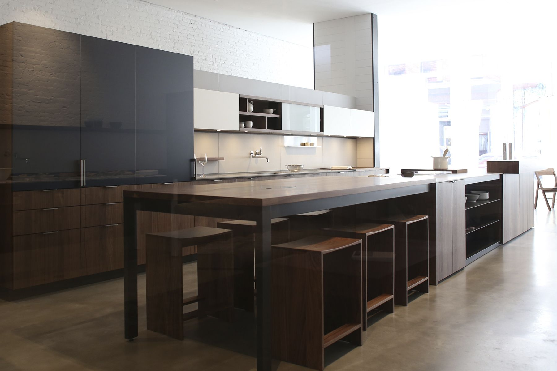 Best Good Color Combo Gray White Walnut Kitchen Layout 400 x 300