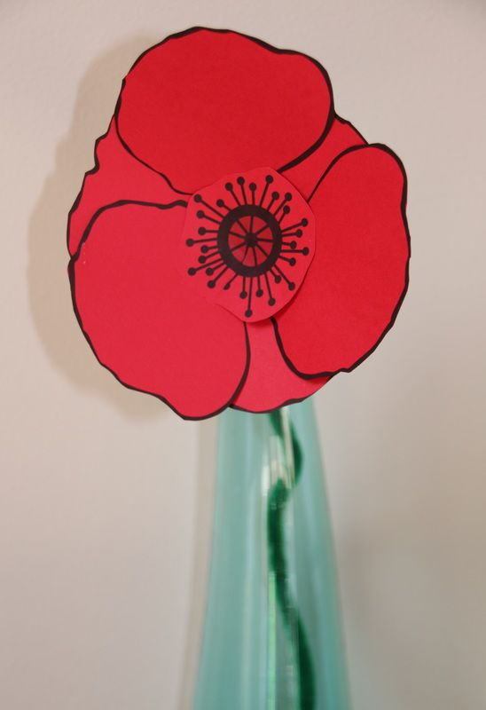 Remembrance day poppy craft for kids with free printable template ...
