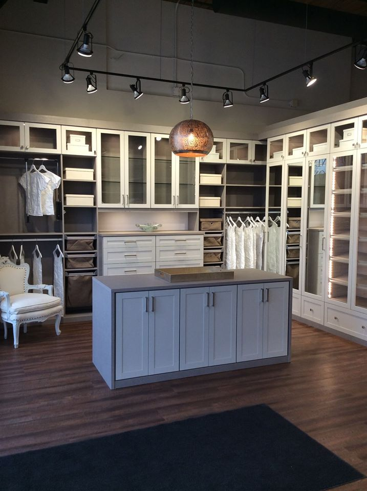 Corsican Weave And Linen Master Closet By California Closets Master Closet California Closets Closet Makeover