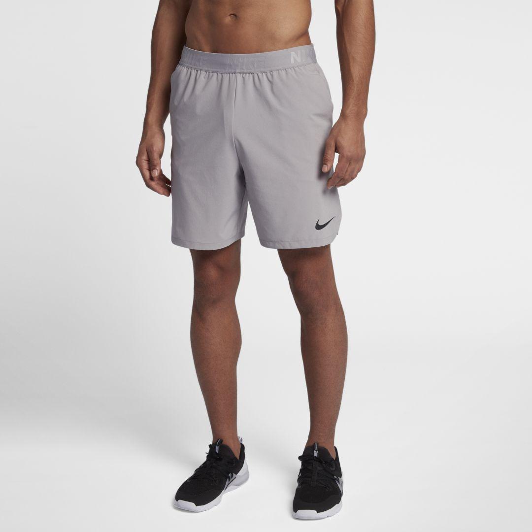"Photo of Nike Flex Männer 8 ""Trainingsshorts. Nike.com"