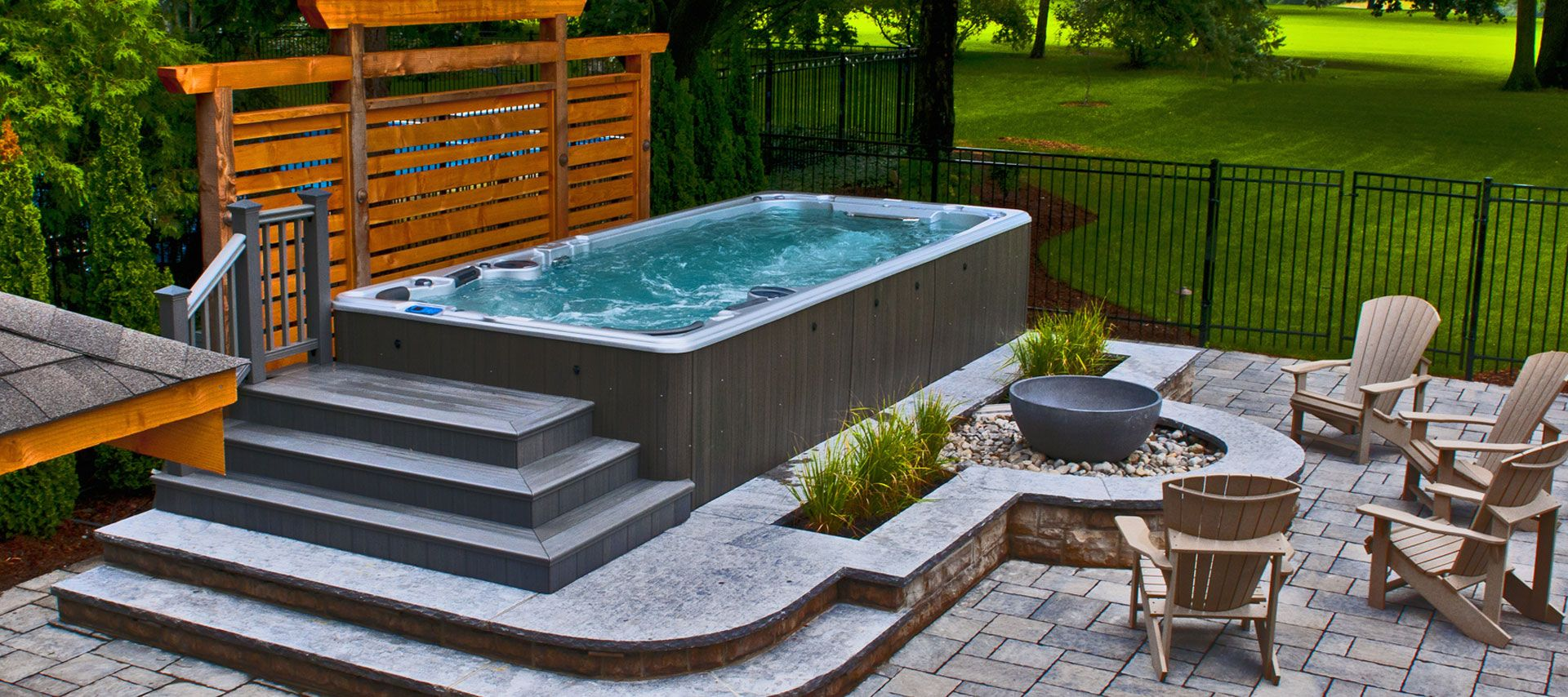 Hydropool hot tubs swim spas and accessories jacuzzi for Pool design with hot tub