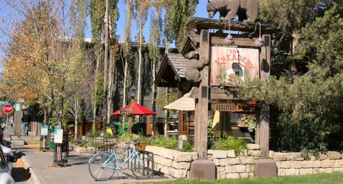 10 Wildly Famous Restaurants In Idaho That Are Totally Worth The