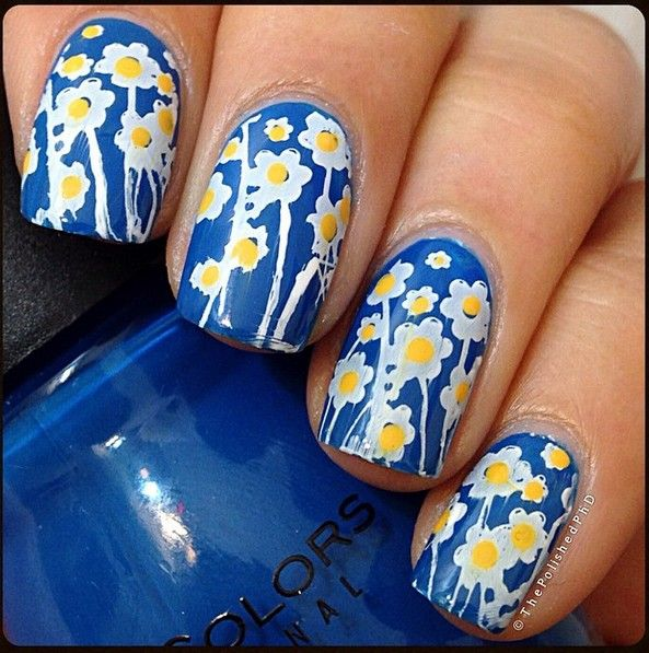 Adorable Blue & Yellow Floral Stamping Nails : http://instagram.com/p/xk2dQvssyu/?modal=true