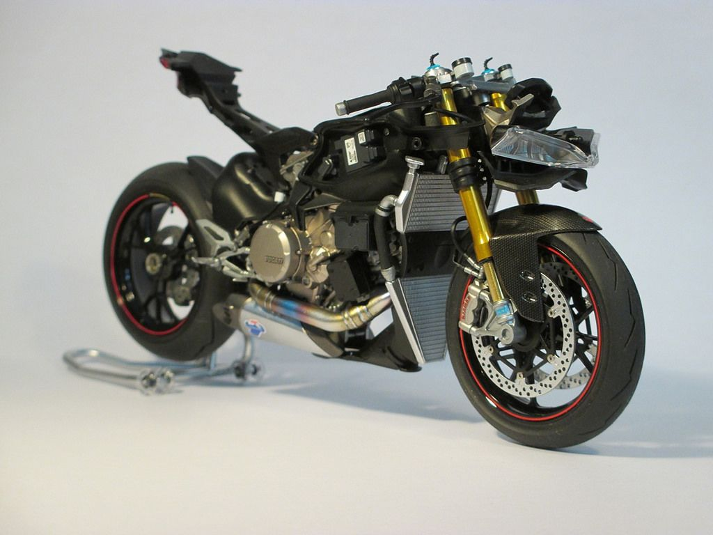 [FINISHED] Ducati Panigale 1199 Tricolore - Automotive ...
