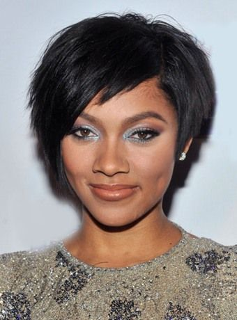 Premier Life Fabulous layered Short Straight Lace Wig 100% Real ... f4f363d41