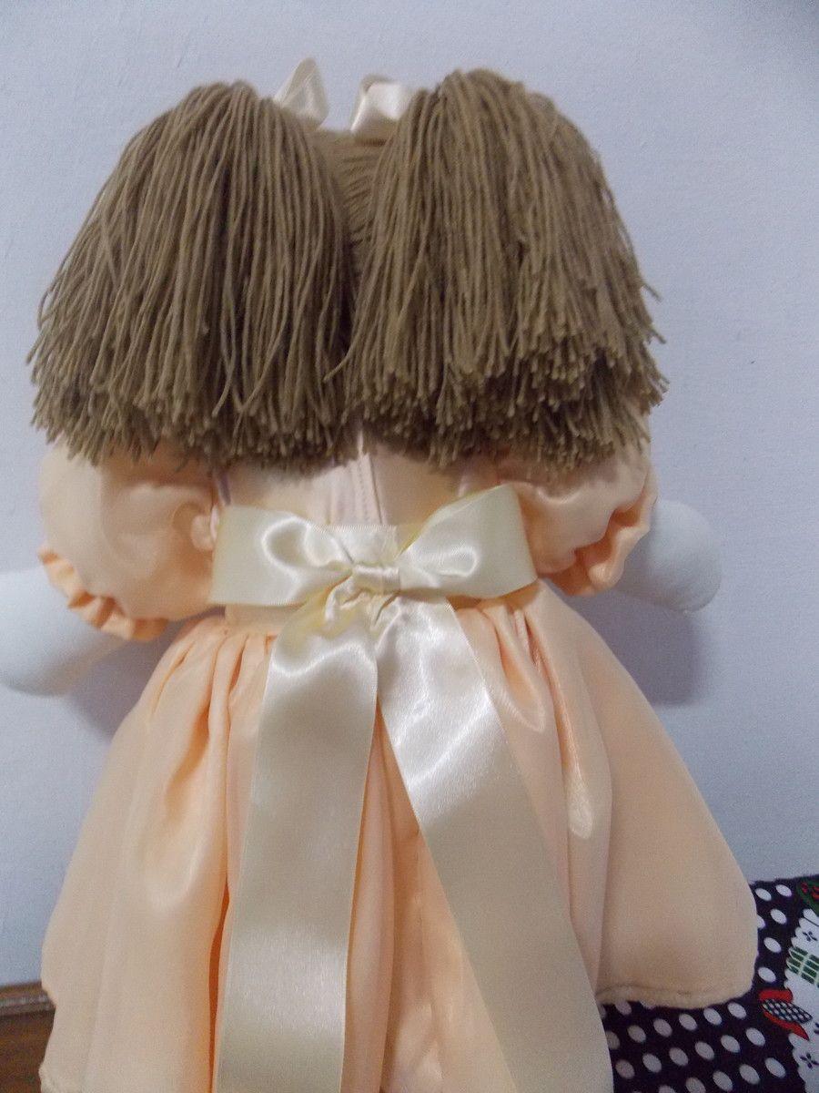 Linda Boneca de Pano 43 cm, toda em tecido, Vestido em tecido 100% algodão,Tiara de Strass. Fazemos a cor que desejar.