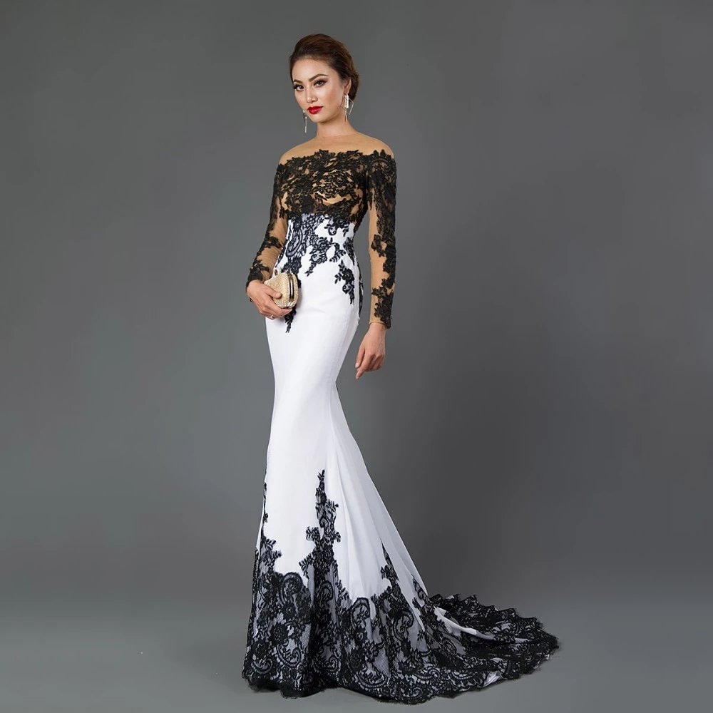 Long Sleeve Mermaid Evening Dresses Appliques black lace sweep train formal dress for Women