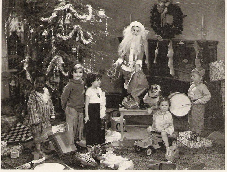 Our Gang in 2020 Vintage christmas photos, Classic