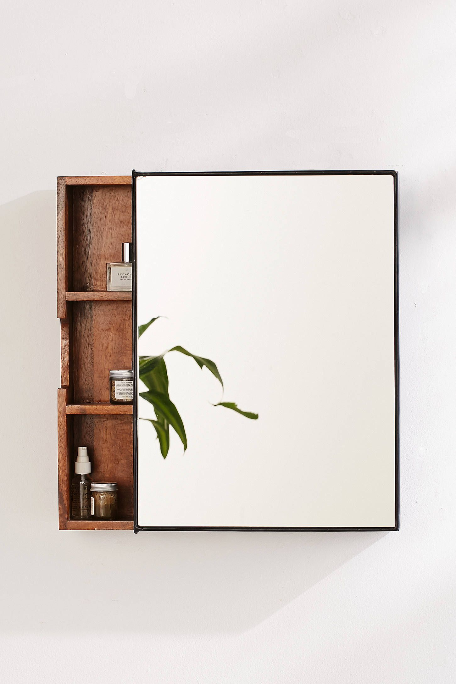 Best 25+ Bathroom mirror cabinet ideas on Pinterest   Mirror ...