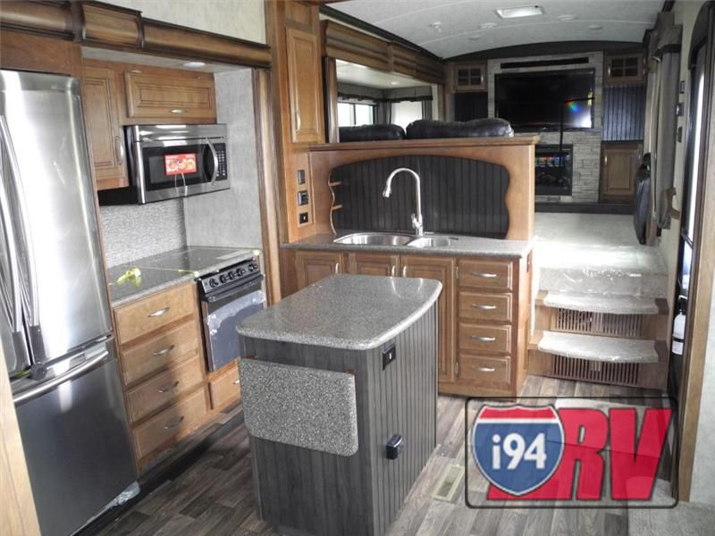 2015 Keystone Rv Montana 3711 Fl Front Living Fifth Wheel Rv 5Th Unique Fifth Wheel Campers With Front Living Rooms Decorating Inspiration