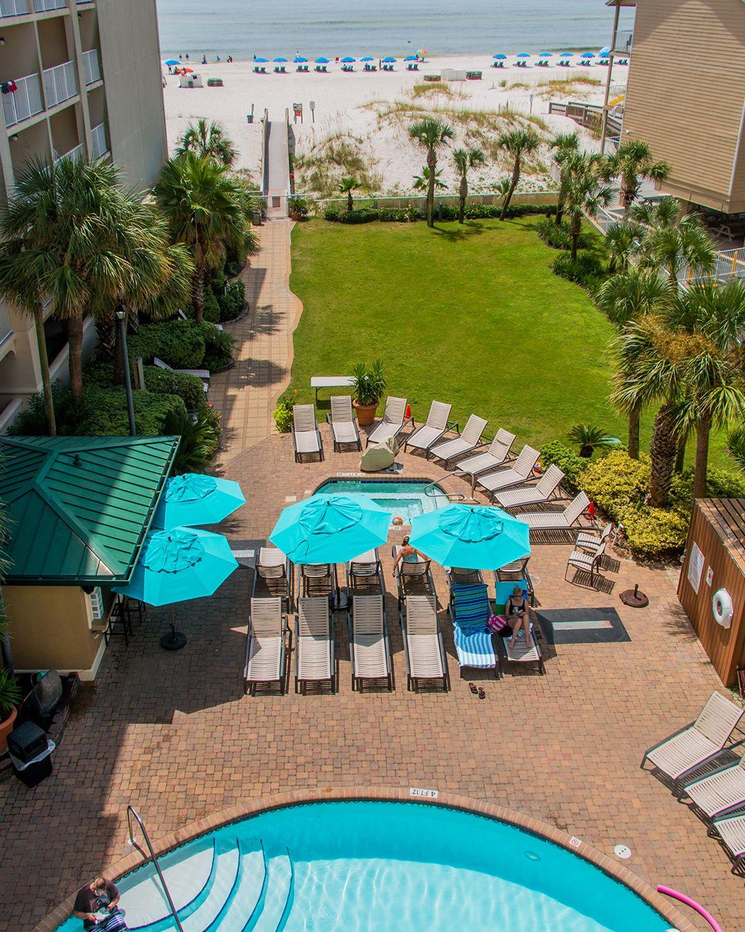 Pool Days And Sunshine Rays Orange Beach Hotels Hilton