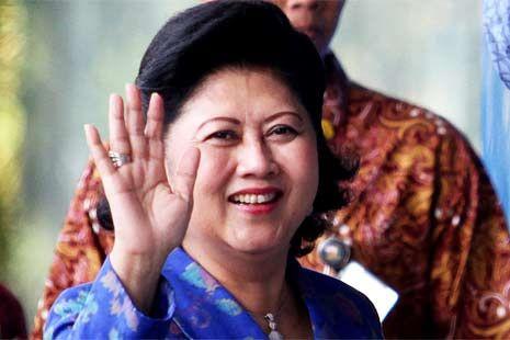 Instagram untuk Ani Yudhoyono dari Vita Sinaga-Hutagalung Korban Sinabung