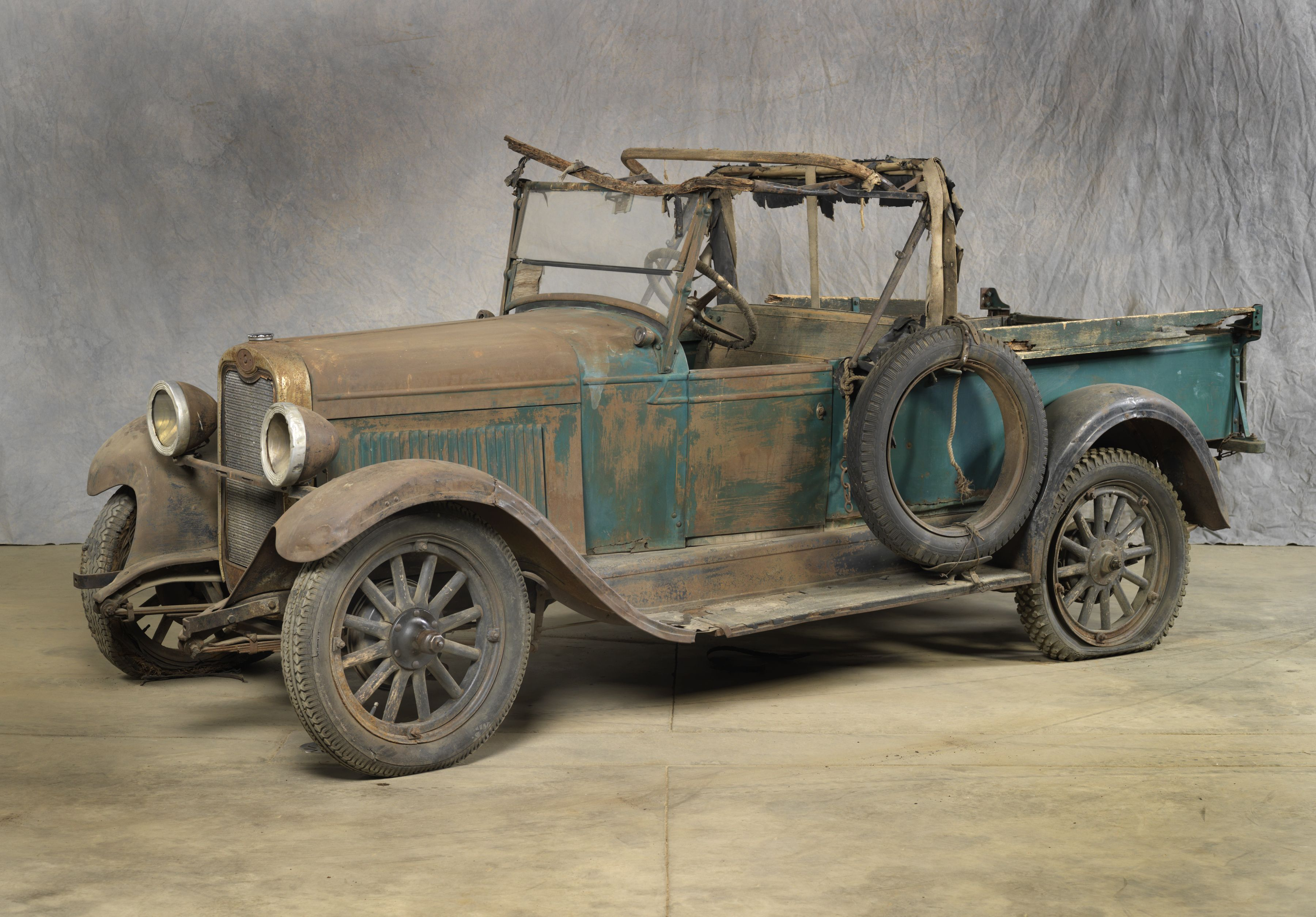 1928 CHEVROLET NATIONAL SERIES AB ROADSTER EXPRESS: This vehicle has ...