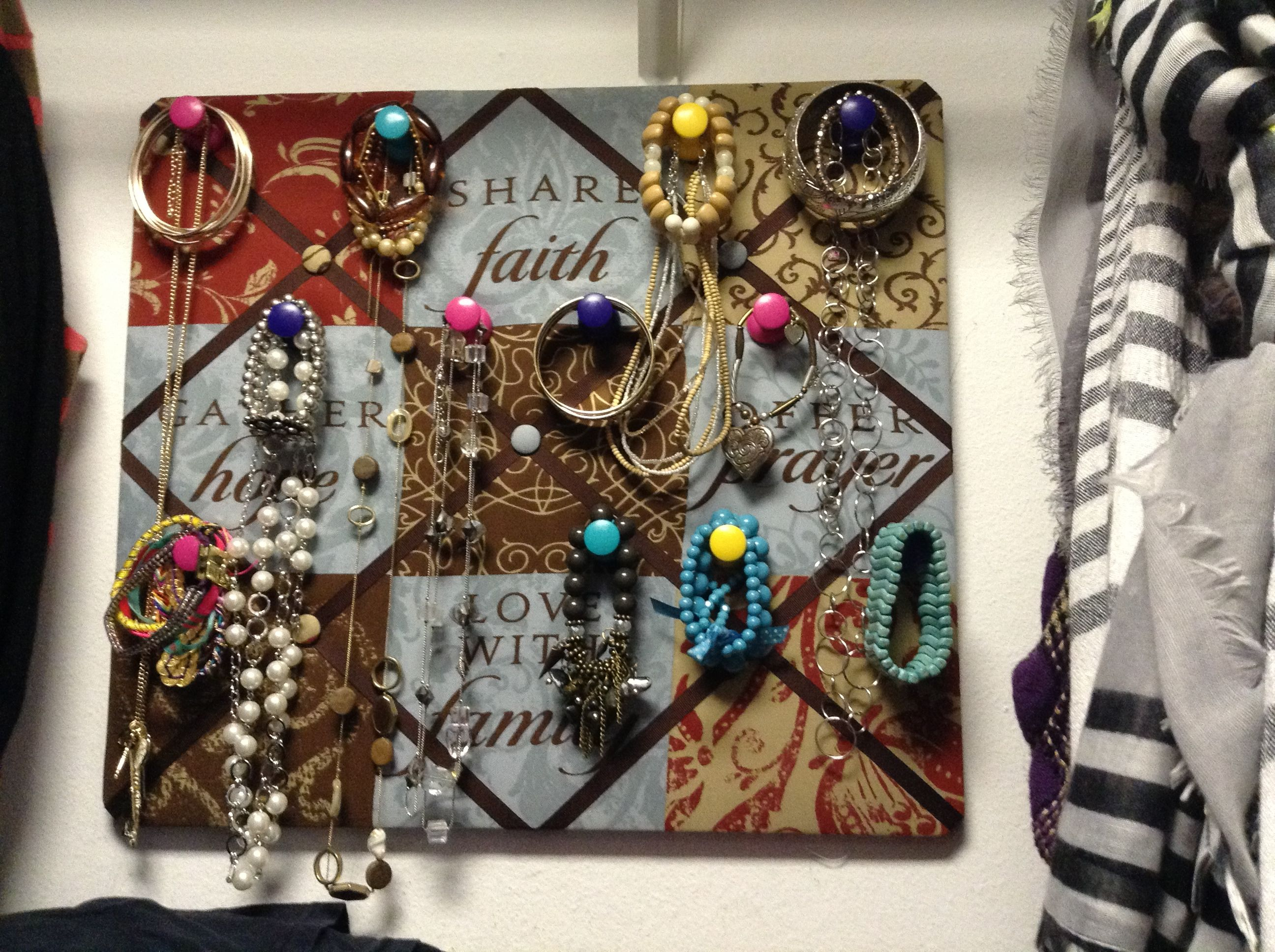 This is my dyi project for the day dollar store cork for Dollar jewelry and more