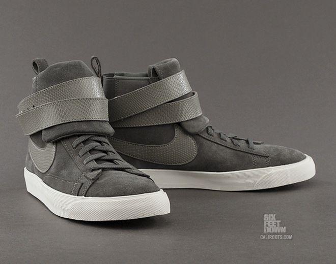 Nike Femmes Blazer Mi Suede Glisser Sur Pantoufles Centre de liquidation xxps5bMD