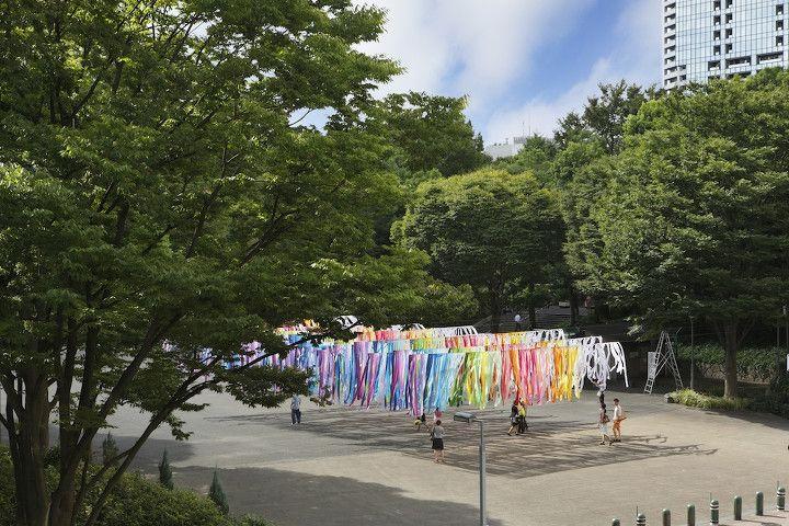 100 colors, Shinjuku Central Park, Tokyo http://www.livegreenblog.com/design/100-colors-shinjuku-central-park-tokyo-10082/