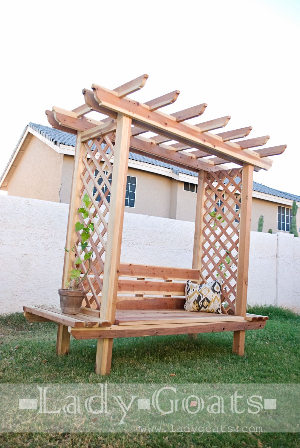 Ana white build a outdoor bench with arbor free and for Plans for arbors