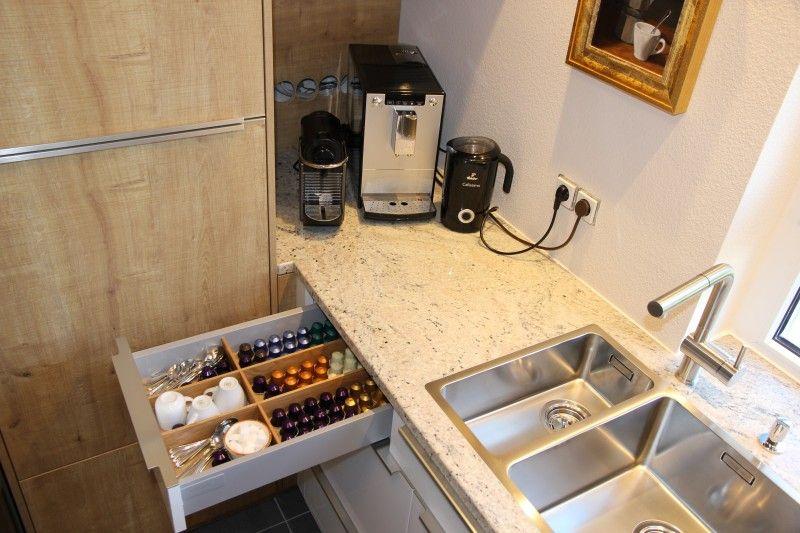 Kleine Neue Küche mit allem Pipapo-Schüller-Fertiggestellte Küchen - schüller küchen arbeitsplatten