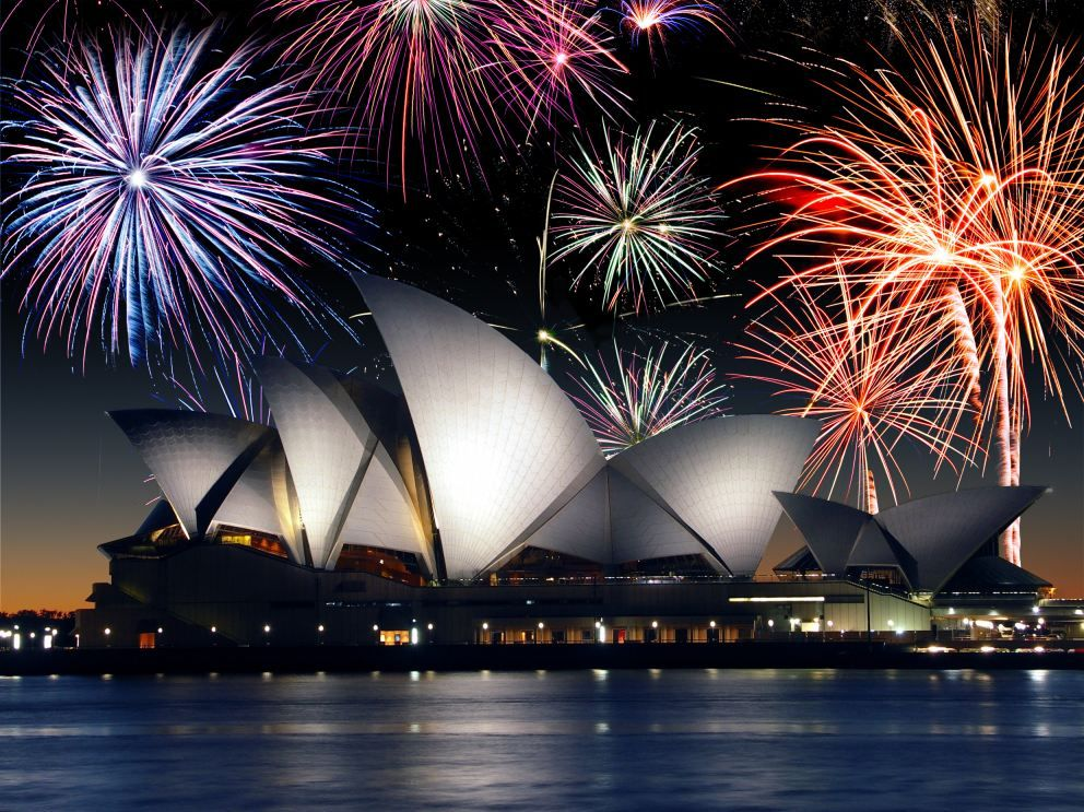 Spend New Years Eve In Sydney Australia Watching The Fireworks