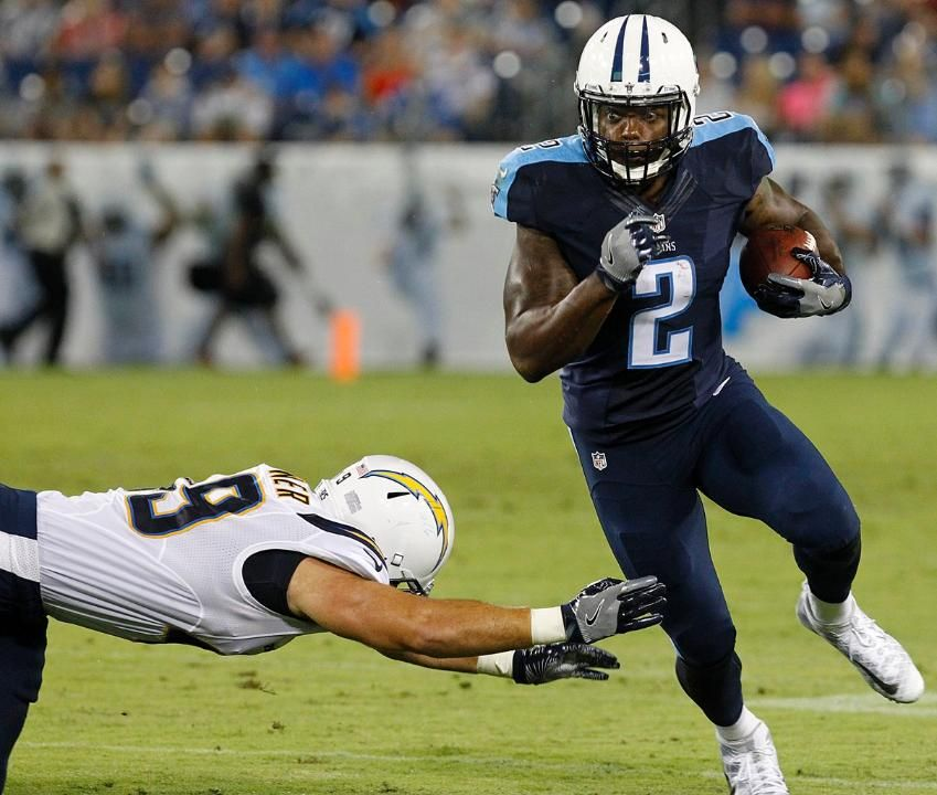 Titans Flex Muscles in 27-10 Win Over Chargers