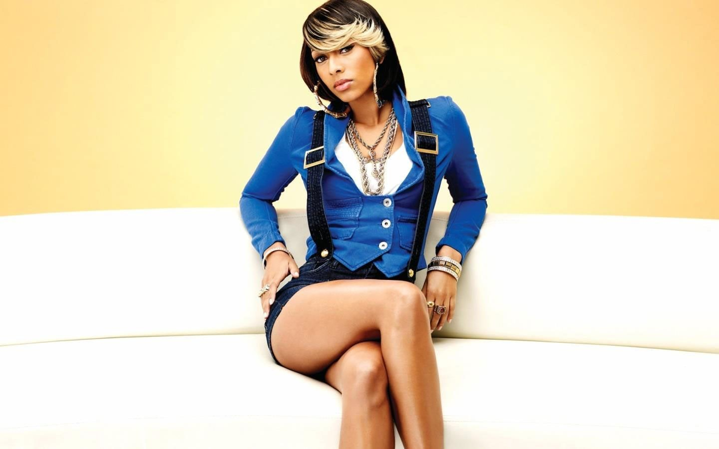 Free Wallpaper And Screensavers For Keri Hilson 1440x900 98 Kb Outfits Keri Hilson Cute Outfits