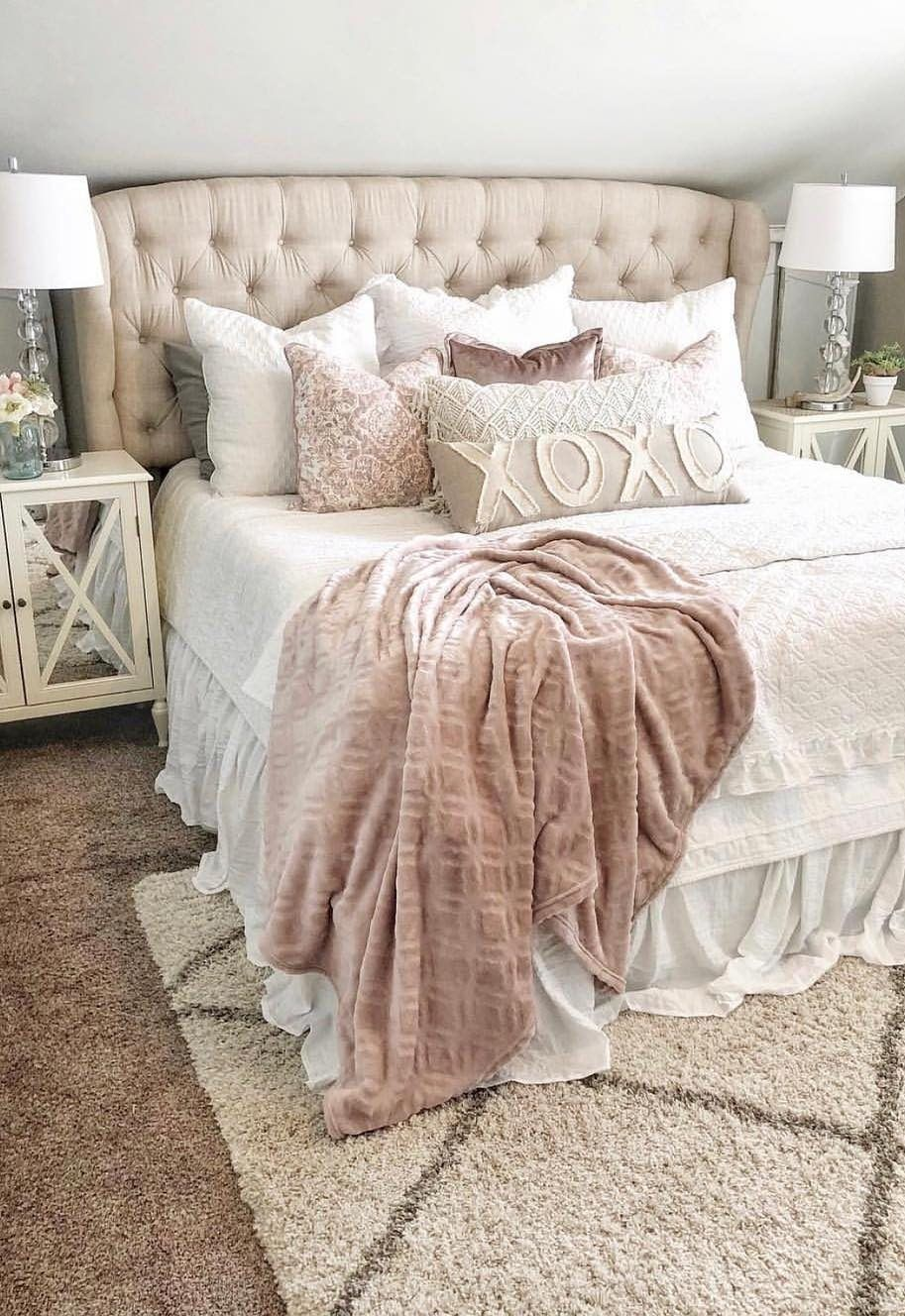 63 Cute And Modern Bedroom Interior Design Ideas 2018 Page 24 Of 63 Lasdiest Com Daily Women Blog In 2020 Modern Bedroom Interior Beauty Bedrooms Bedroom Interior