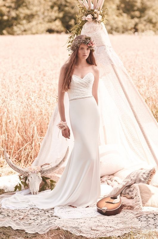 The Ultra Sophisticated Mikaella Wedding Dress Collection 2016 ...