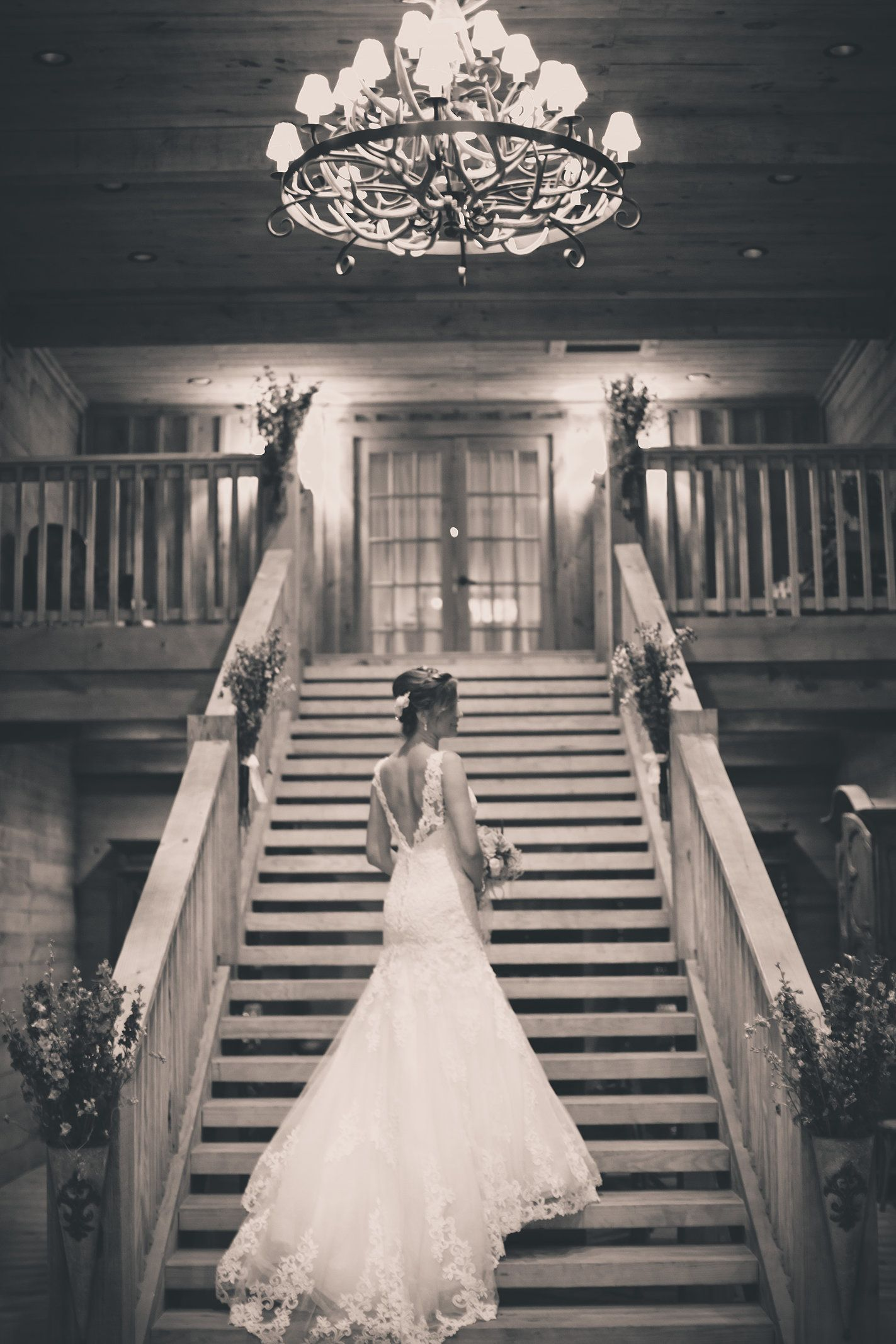 Classic Oaks Ranch DFW Wedding Venue And Event Center