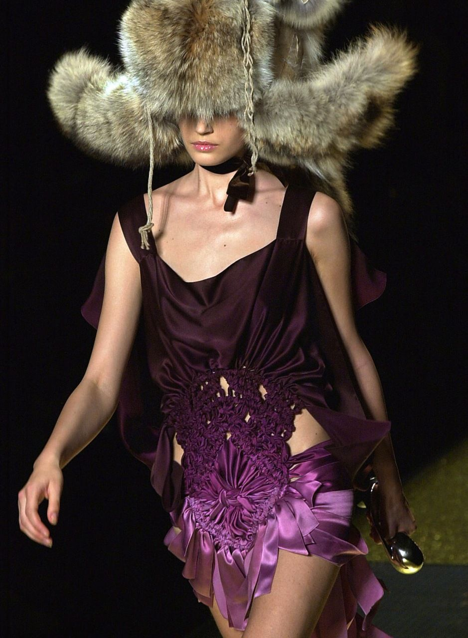 Christian Dior Spring 2008 Haute Couture John Galliano so sexy, but I would not wear the hat lol