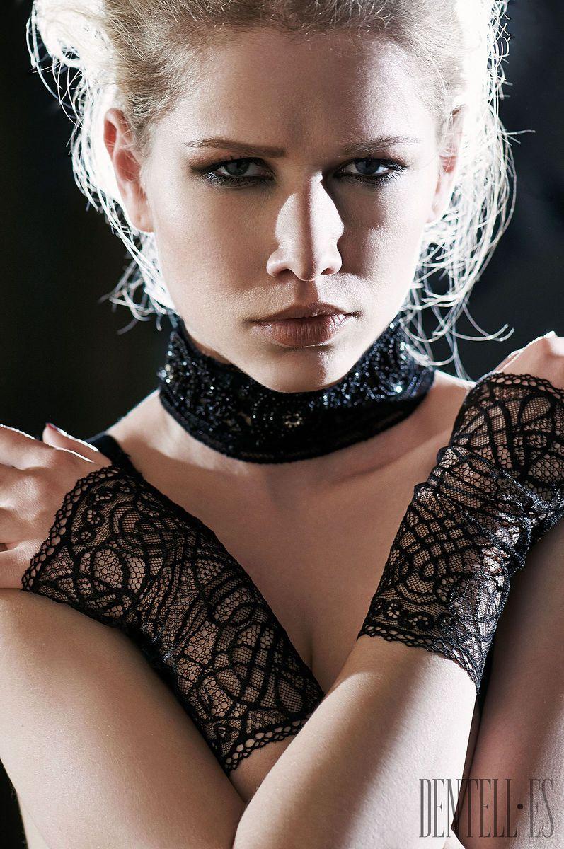 Lace bodysuit i saw it first  Les Jupons de Tess Fallwinter   Lingerie  Lingerie Fall