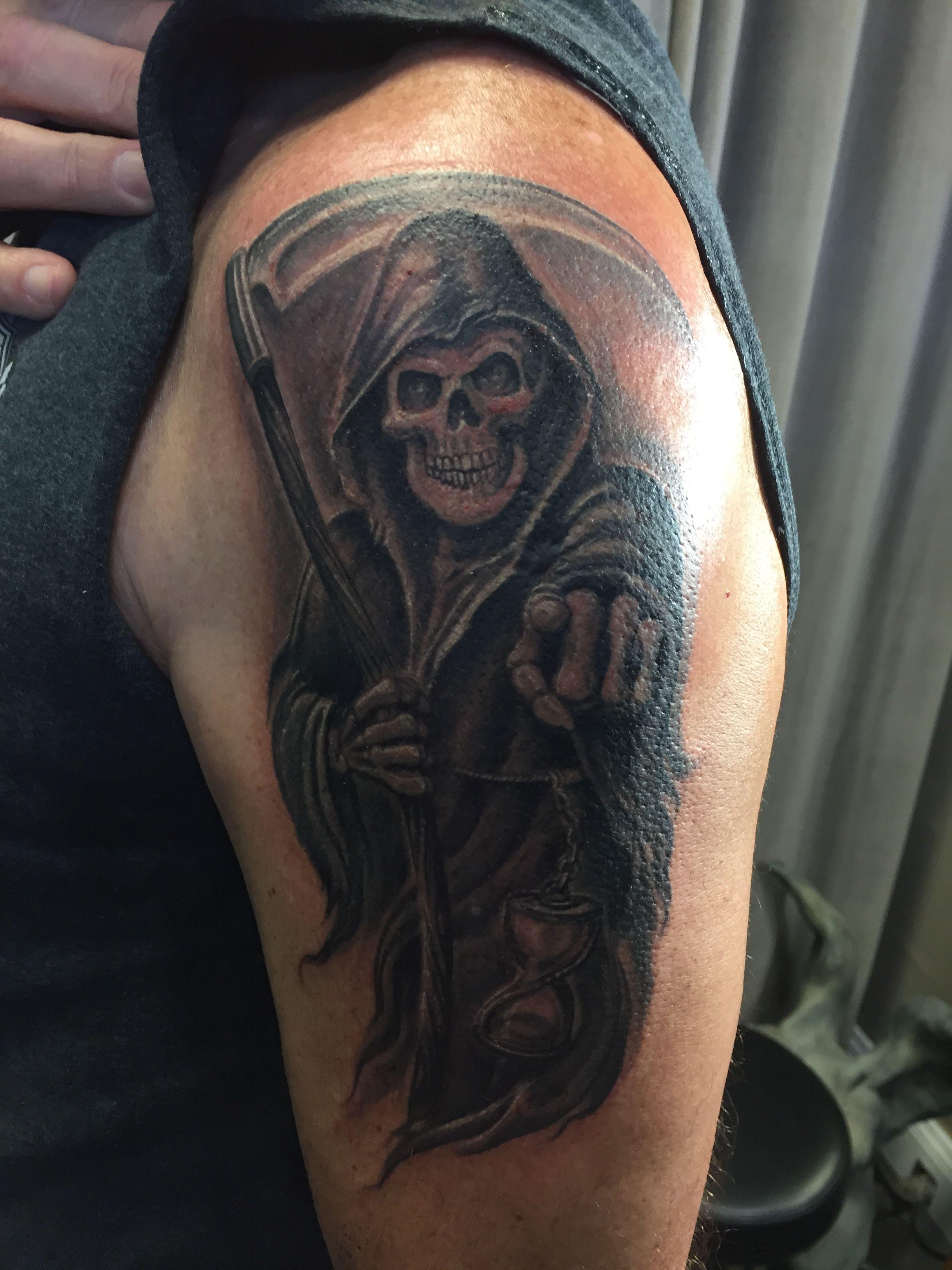 black amp gray reaper grim reaper tattoo tatouage