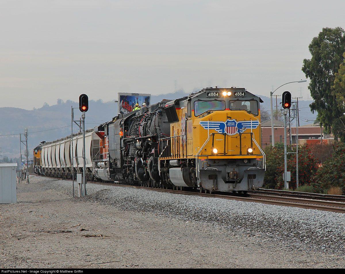 Union Pacific Big Boy 4014 Emd Sd70 Walnut Ca Jan