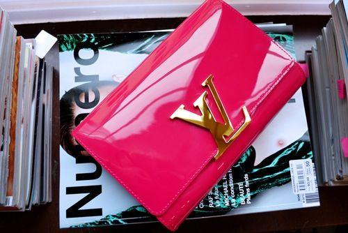 Louis Vuitton patent clutch via color your life ~ Colette Le Mason ... 016f61918a