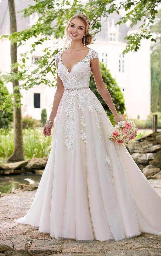 Brautkleid Mit Romantischen Cap-Ärmeln Und Illusion-Rücken | Stella ...