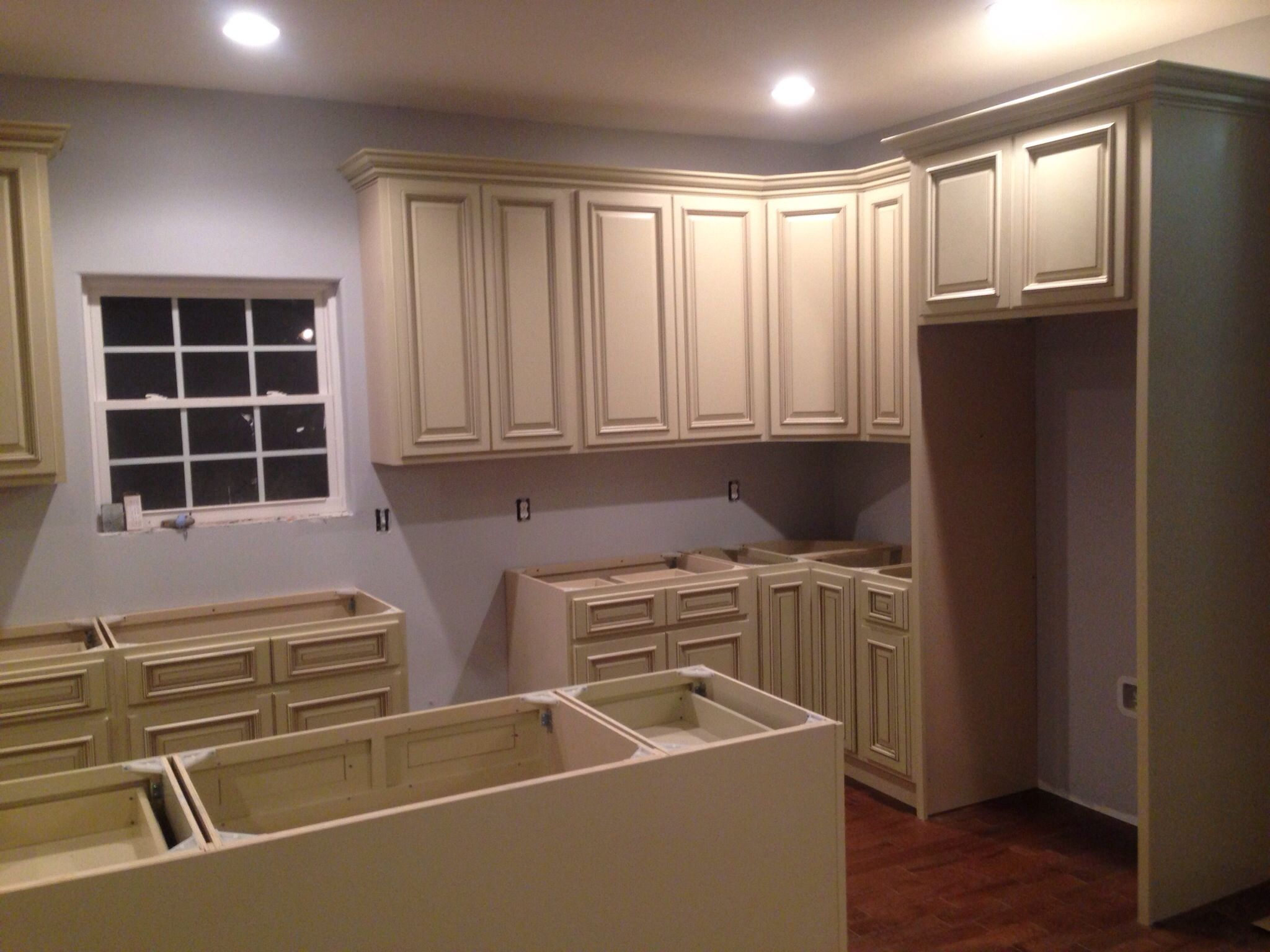 Best Heritage Antique White Cabinets Used Kitchen Cabinets 400 x 300