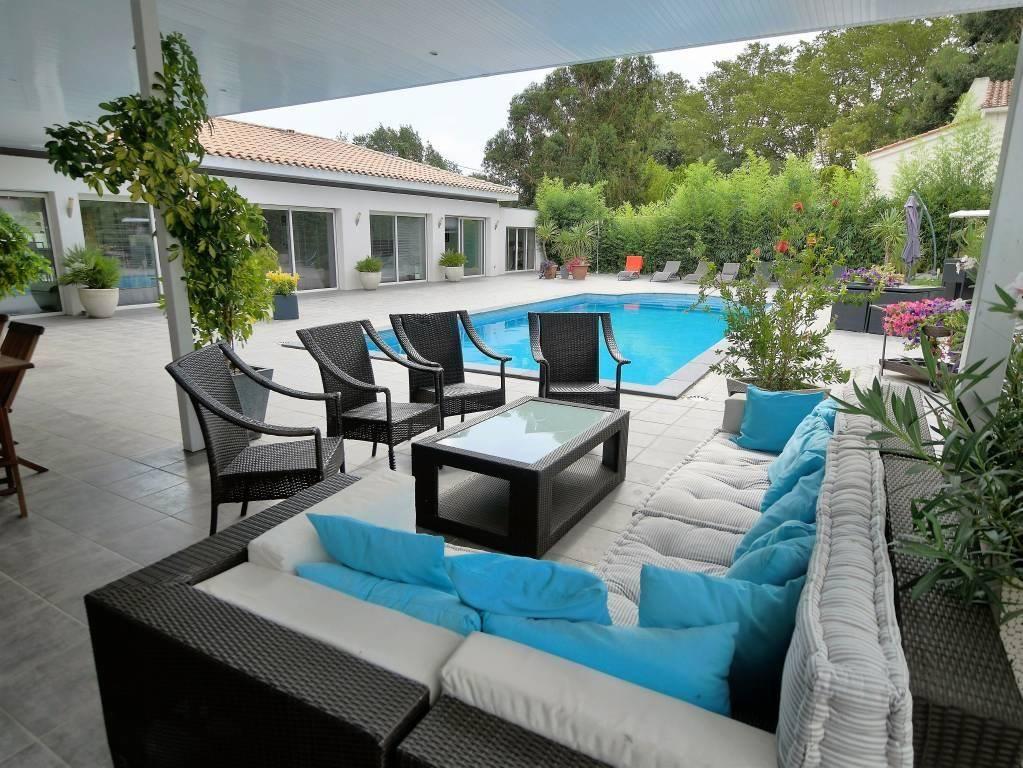 Villa californienne de plain pied, 5 chambres, expo Sud, pis