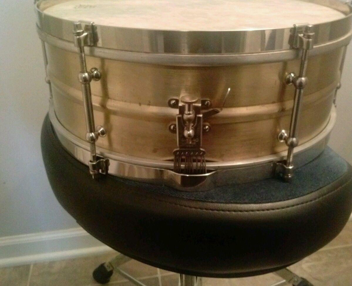 Vintage 1930 S Slingerland Solid Brass Snare Drum W Case Stand Ebay Percussion Instruments Vintage Drums Snare Drum