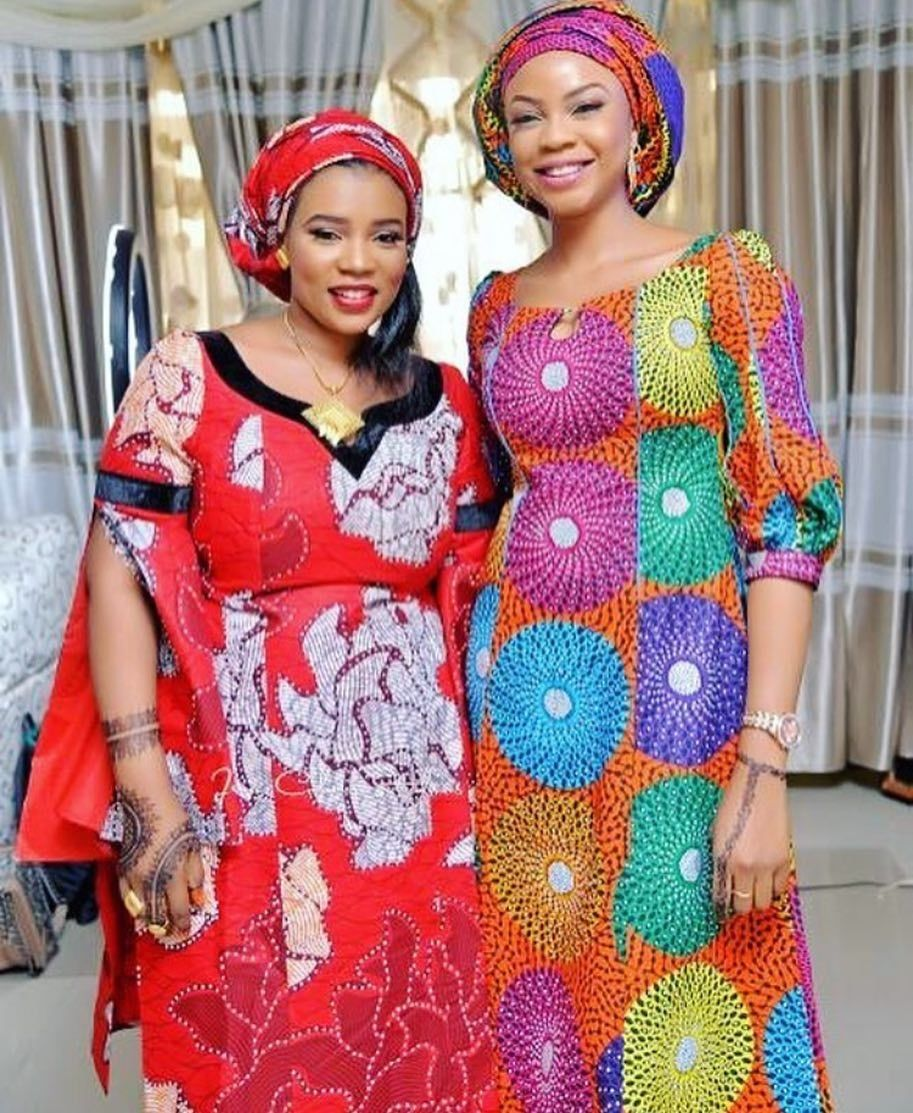 There are a variety of ways to make yourself be unique with an Asoebi style, Even if you are contemplating about what to create and slay with an Nigerian Yoruba dress styles. Nigerian Yoruba dress styles for parties come in many patterns and designs.   The African print styles beauty of this print is that it comes in many designs and textures. Ankara will permit you make a fall in with of any cloth without losing the African dress styles flair. #nigeriandressstyles