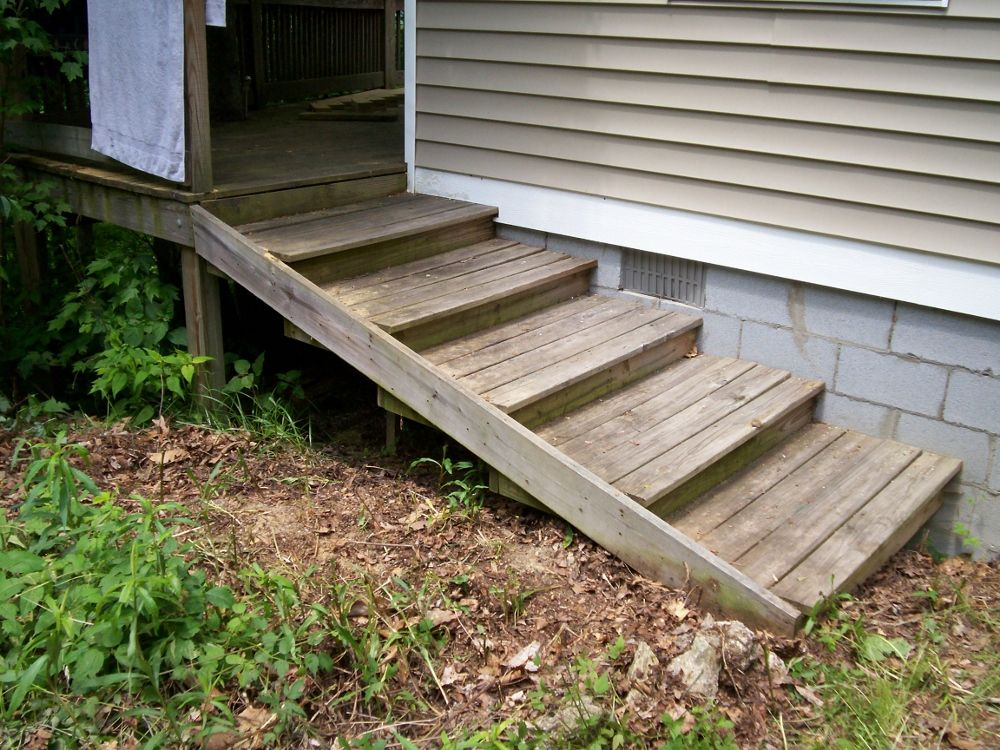 Best Deep Steps Coming Off The Back Porch How To Build Steps 400 x 300