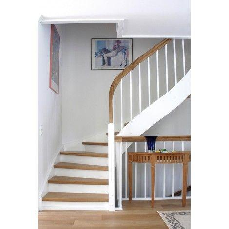 geschosstreppe eiche massivholz mit setzstufen wei en. Black Bedroom Furniture Sets. Home Design Ideas