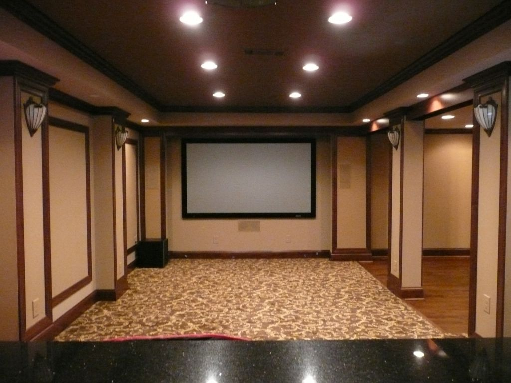 7486ddbca1de5e28064dffb538b19bb0 Home Theater Design Ideas For Small Spaces on 75in tv, room conversion, rooms cumputer, seats red, projector screen, layout plans,