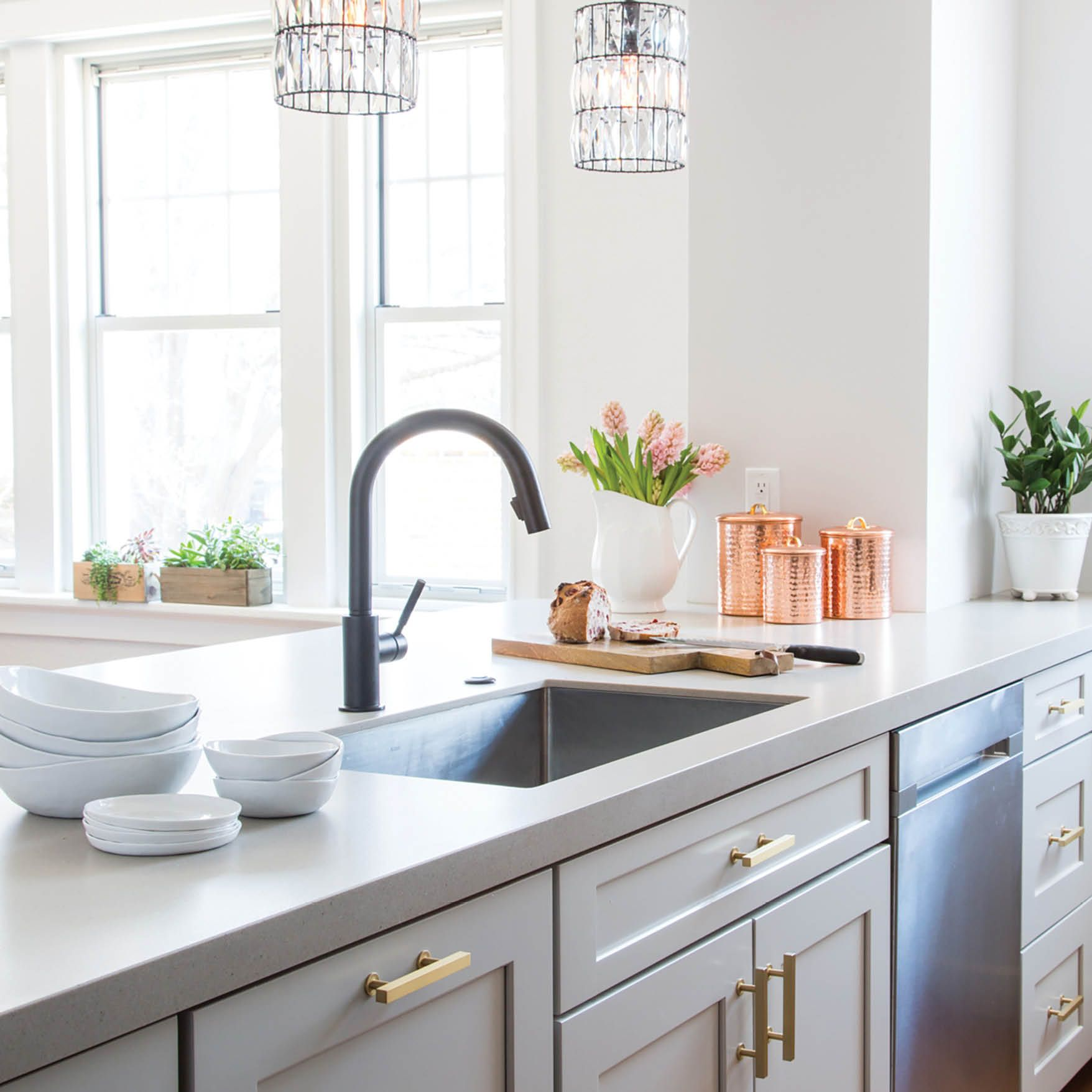 Before And After Wow What A Difference This Is The Transformational Work Of Wendy Kuhn Of Karr Bick K Kitchen Design Kitchen And Bath Design St Louis Kitchen